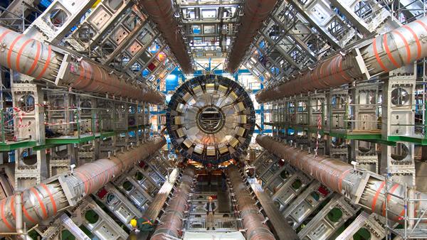CERN'de Keşifler Sürüyor