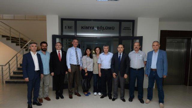 bursa ticaret ve sanayi odasi uludag universitesi kimya bolumu akademisyenlerini ziyaret etti - Bursa Ticaret ve Sanayi Odası, Uludağ Üniversitesi Kimya Bölümü Akademisyenlerini Ziyaret Etti