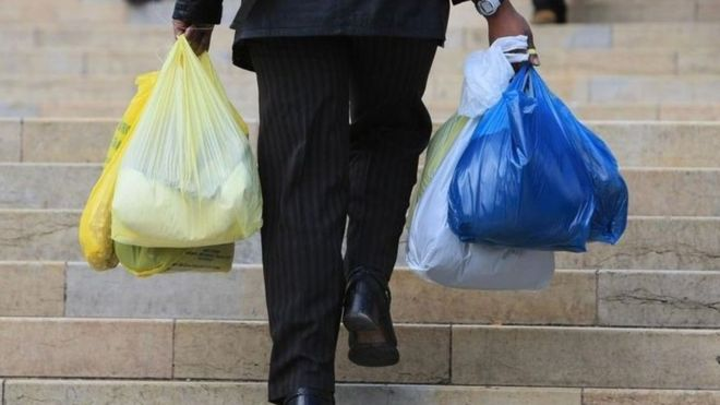 ingiltere-plastik-torba-kullanimini-nasil-azaltti