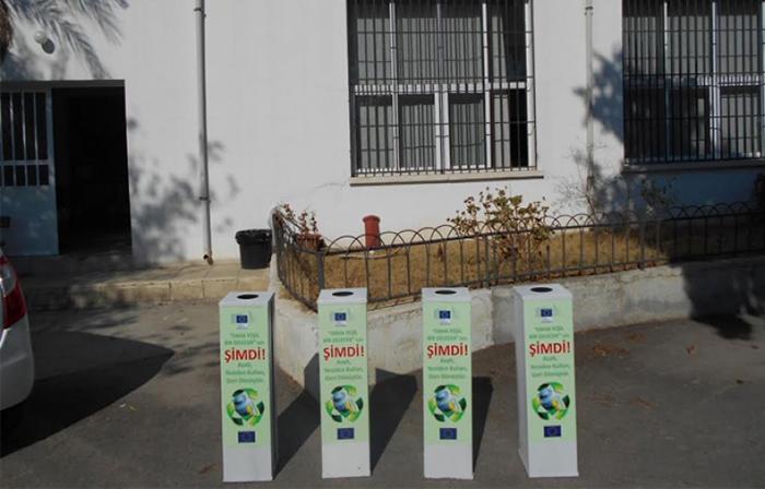 avrupa-komisyonu-pil-toplama-kutularini-okullara-dagitiyor