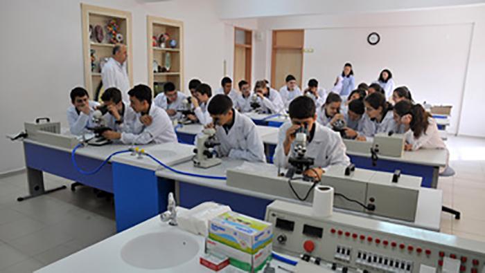 81-ilde-81-kimya-laboratuvari