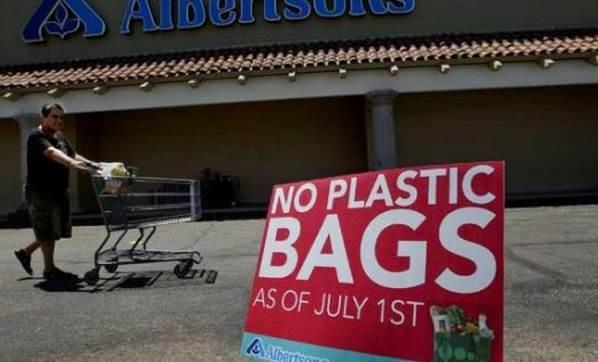 kaliforniya-plastik-poset-kullanimi-yasagina-devam-dedi