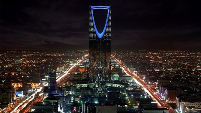 suudi-arabistan-da-petrol-disi-sektorler-de-zorda