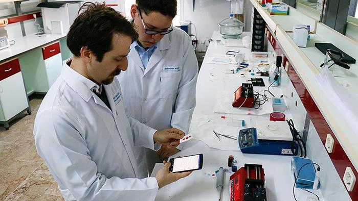 cep telefonu kan tahlili yapabilecek - Cep telefonu kan tahlili yapabilecek