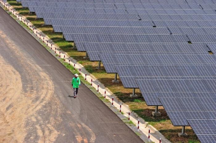 mersin e dunyanin en buyuk 5 inci gunes enerjisi santrali - Mersin'e dünyanın en büyük 5'inci güneş enerjisi santrali