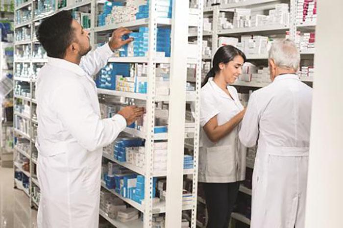 hintliler ilac endustrisi fiyatlarina karsi cikiyor - Hintliler, İlaç Endüstrisi Fiyatlarına Karşı Çıkıyor