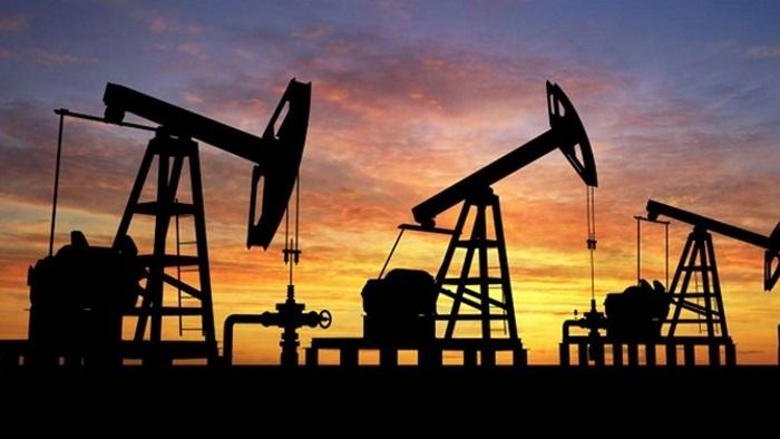 ABD'de Petrol Sondaj Kulesi Sayısı 700'ü Aştı