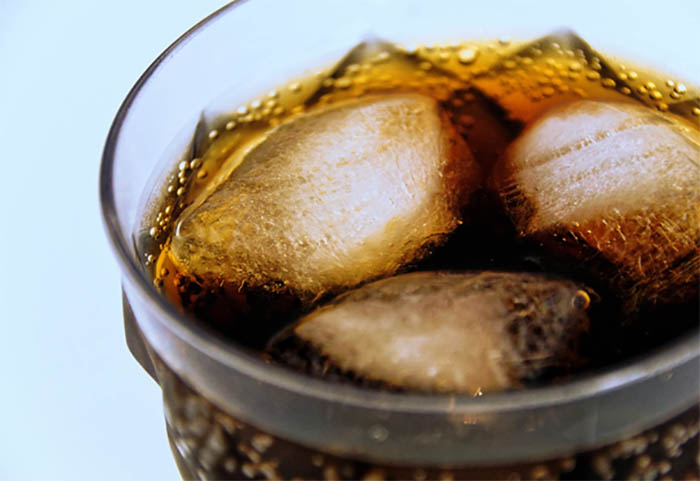 Şekerli İçeceklerin Düzenli Olarak Tüketiminin Beyne Etkileri