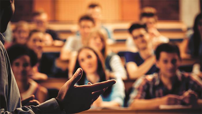 Hangi Lisans Öğrencileri Kimya Sektöründe Zorlanacak?