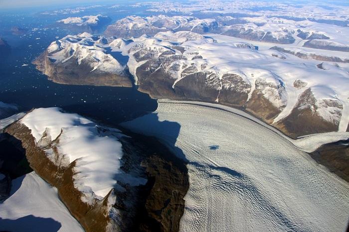 yer kabugunu yerinden oynatan gronland buzul erimesi - Yer Kabuğunu Yerinden Oynatan Grönland Buzul Erimesi