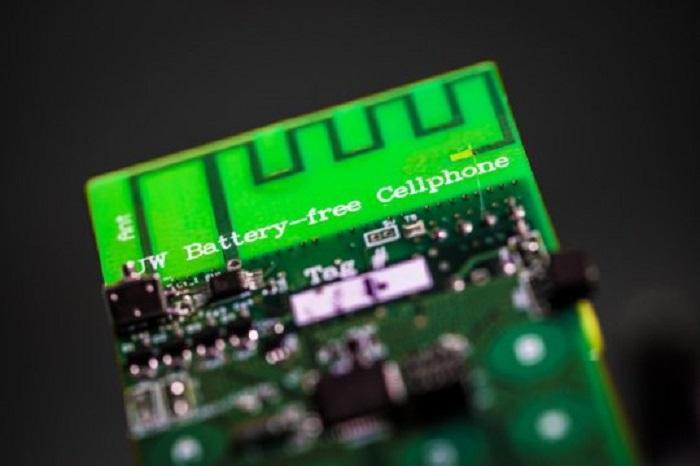 Bataryasız İlk Cep Telefonu ve Özellikleri