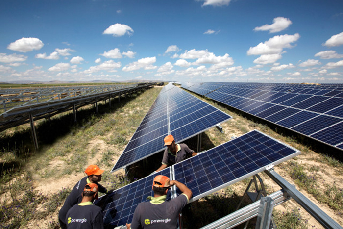 yazin artan enerji tuketimine cevreci cozum gunes santralleri - Yazın Artan Enerji Tüketimine Çevreci Çözüm; Güneş Santralleri