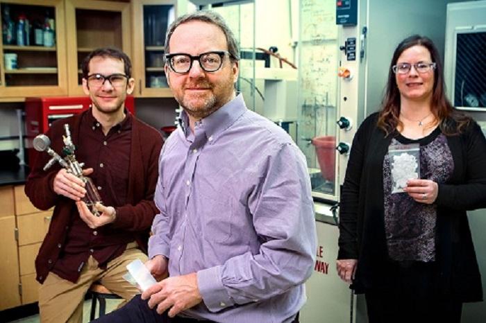 yeni polimer katki maddesi plastik geri donusumunu arttirilabilir yeni malzemeler icin onculuk edebilir - Yeni Polimer Katkı Maddesi Plastik Geri Dönüşümünü Artırabilir, Yeni Malzemeler İçin Öncülük Edebilir